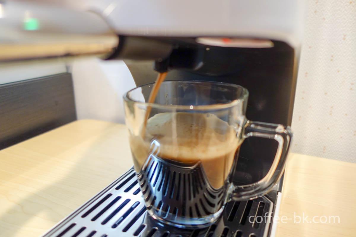 「アイスクレマコーヒー(ドラフトコーヒー)」の作り方